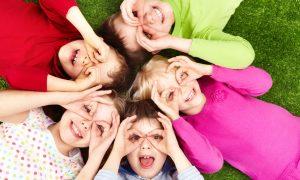 5_kids_in_circle
